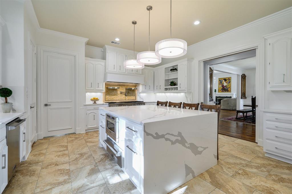 Plano Neighborhood Home For Sale - $3,200,000