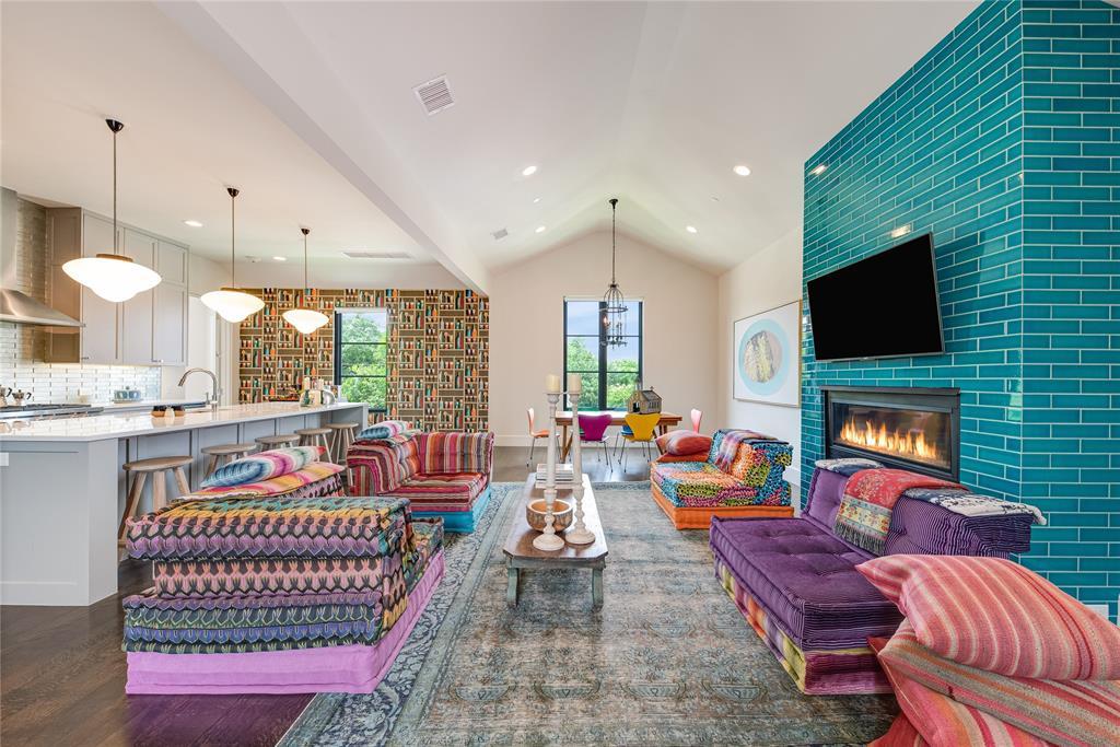 Highland Park Neighborhood Home For Sale - $1,550,000