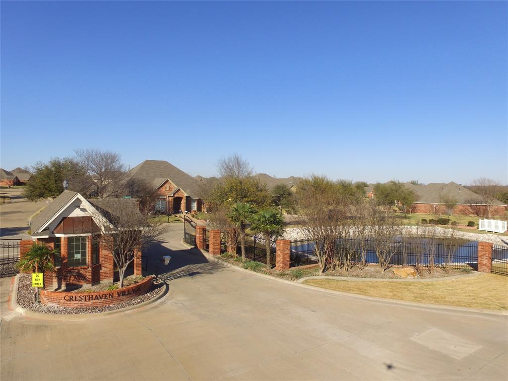 Cedar Hill Neighborhood Home For Sale - $299,000