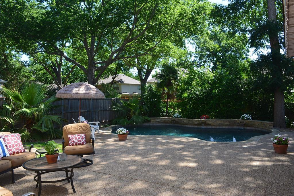 Allen Neighborhood Home For Sale - $298,000