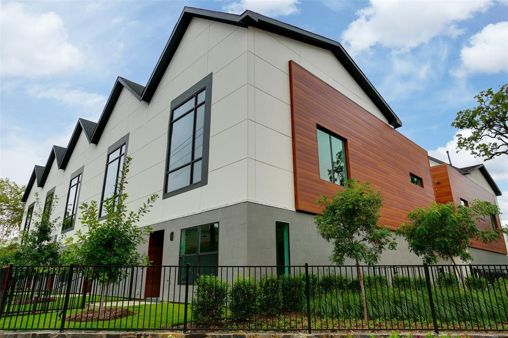 Dallas Neighborhood Home - Pending - $519,000