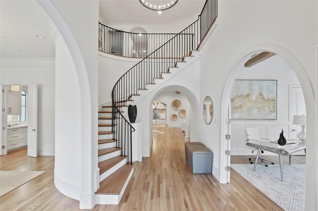 Highland Park Neighborhood Home For Sale - $2,595,000