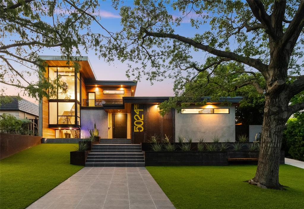 Fort Worth Neighborhood Home For Sale - $3,300,000