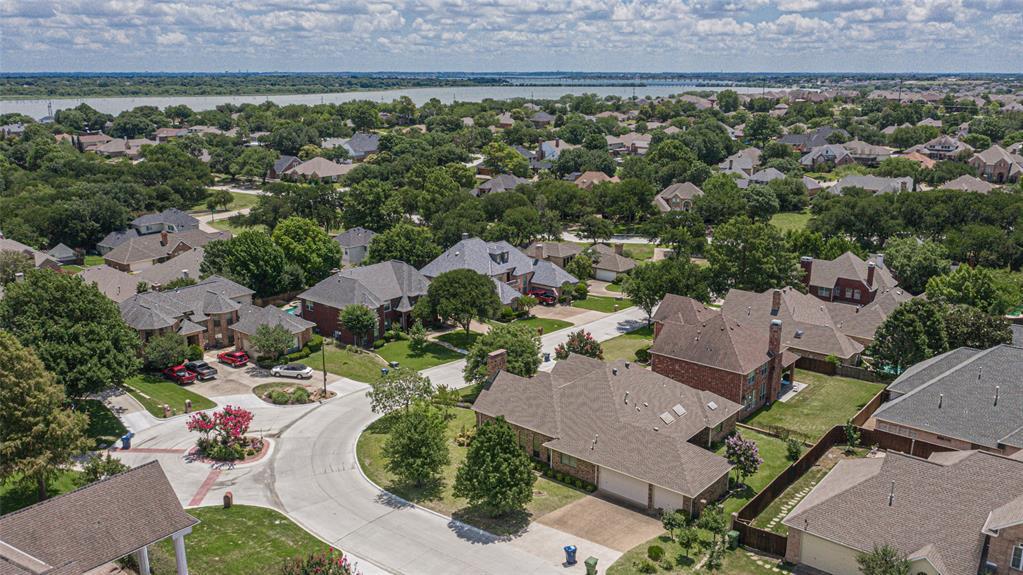 Garland Neighborhood Home For Sale - $319,500