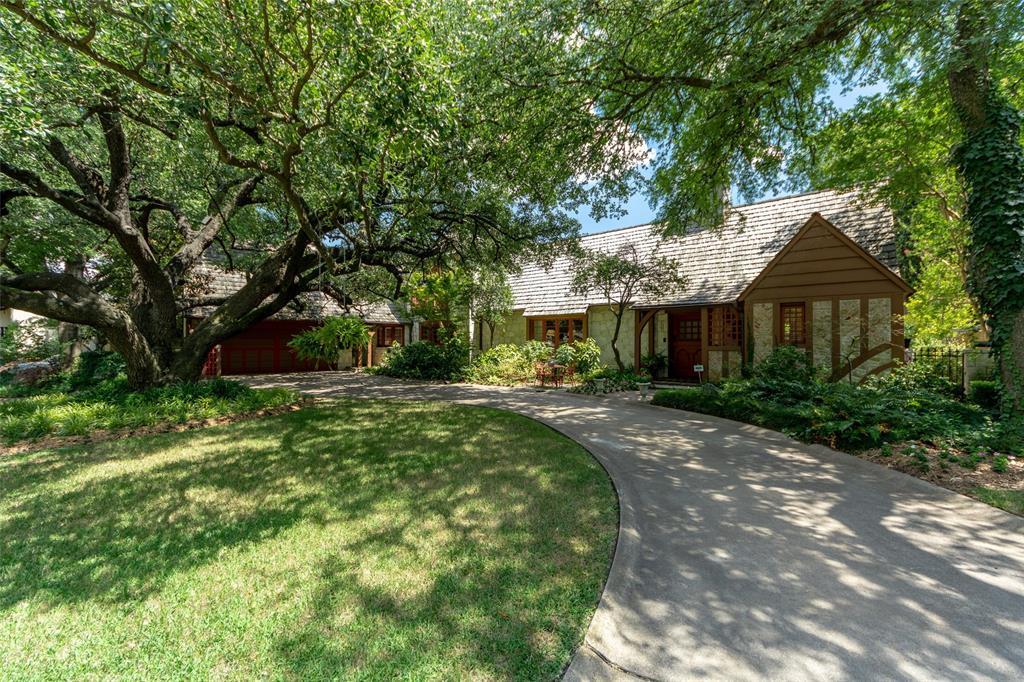 Dallas Neighborhood Home For Sale - $1,750,000