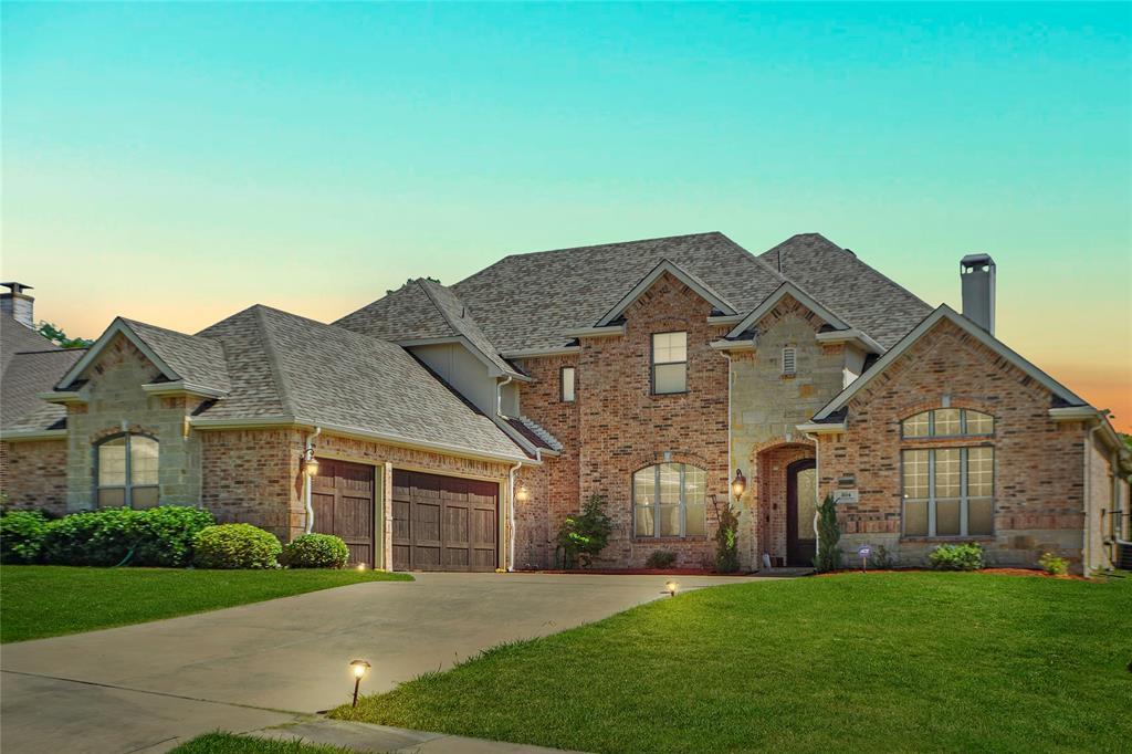 Grand Prairie Neighborhood Home For Sale - $499,000