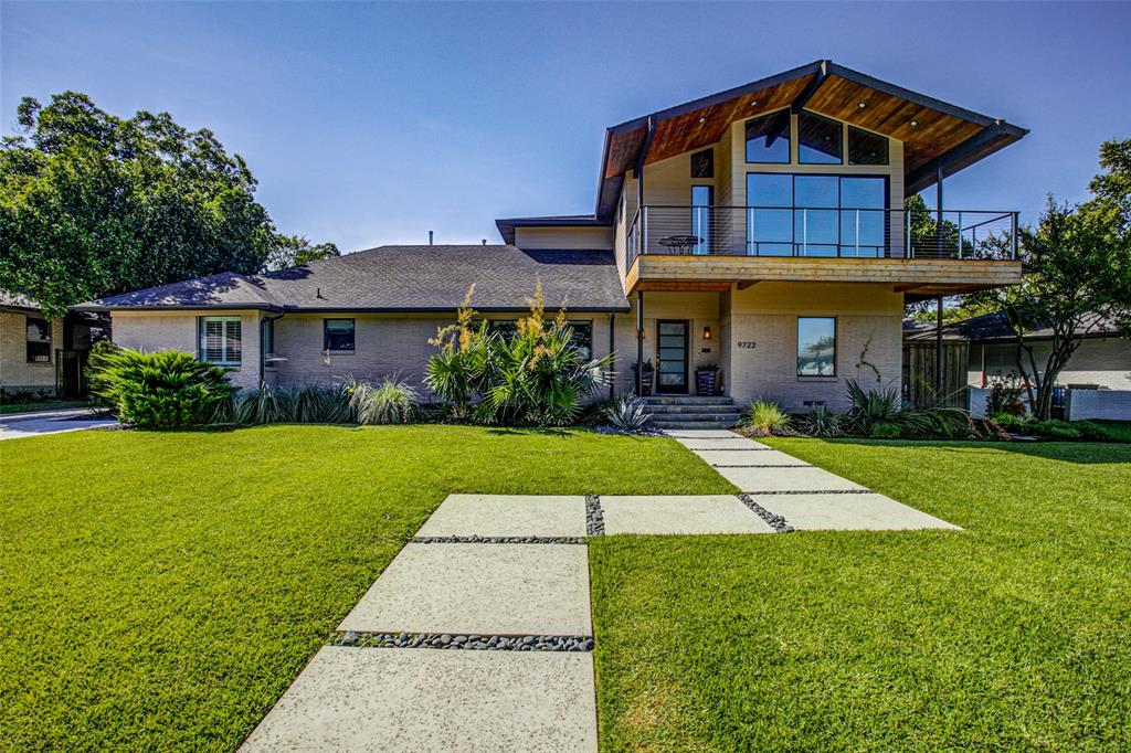 Dallas Neighborhood Home For Sale - $1,175,000