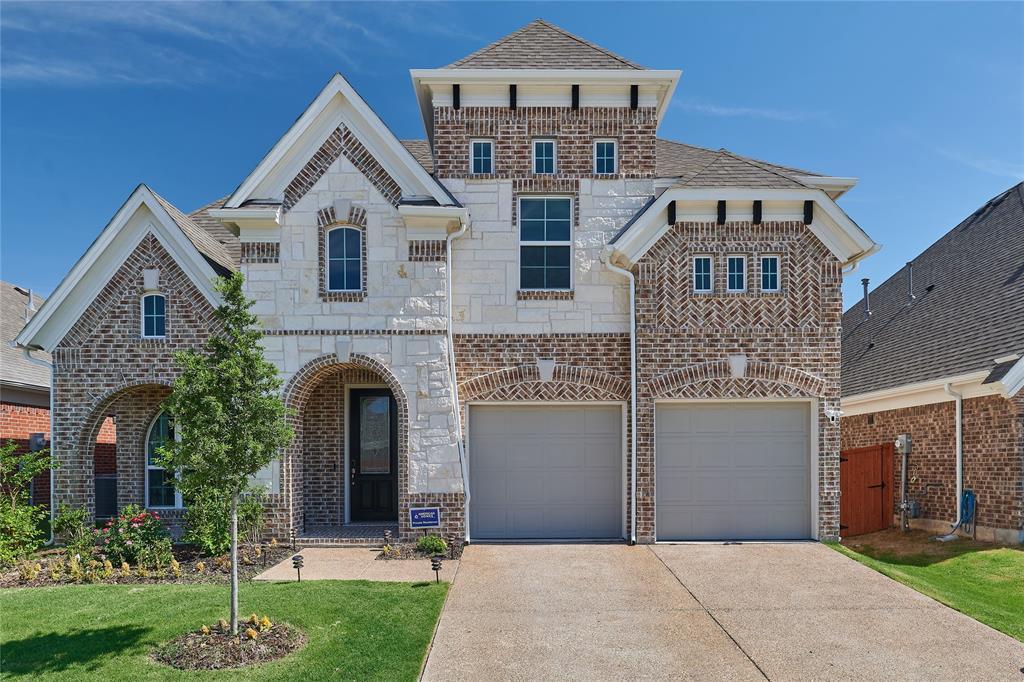 Garland Neighborhood Home For Sale - $443,000