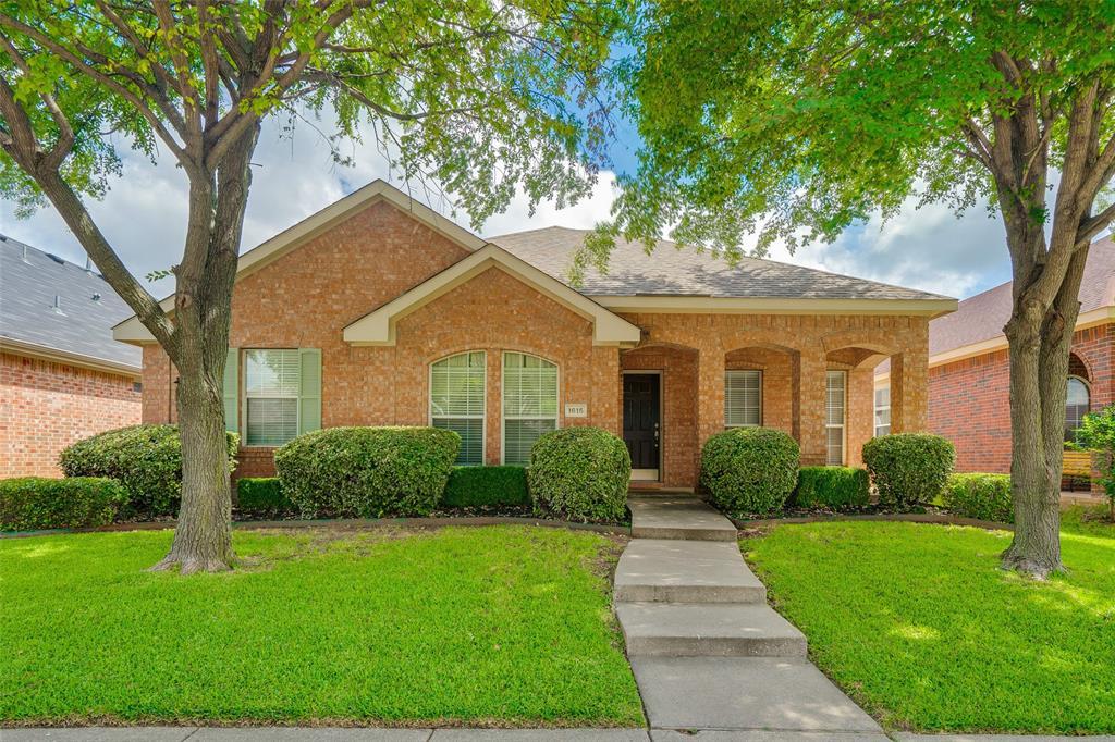Allen Neighborhood Home For Sale - $315,000