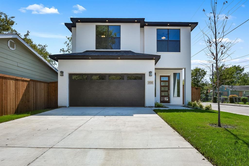 Dallas Neighborhood Home For Sale - $389,900