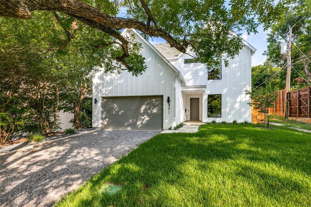 Dallas Neighborhood Home For Sale - $1,169,000