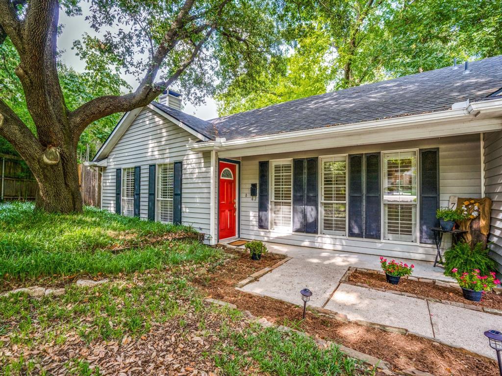 Dallas Neighborhood Home For Sale - $415,000