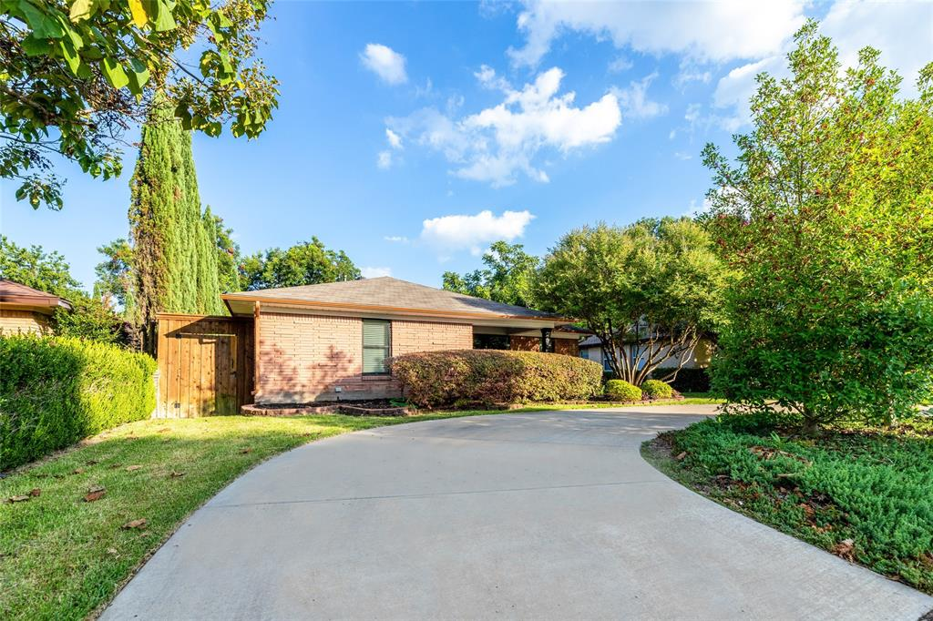 Dallas Neighborhood Home For Sale - $599,000