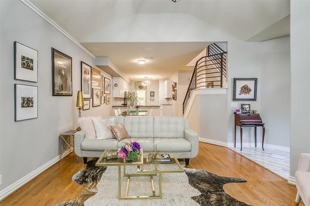 Fort Worth Neighborhood Home For Sale - $410,000