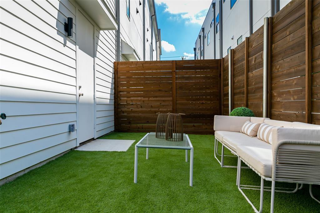 Dallas Neighborhood Home - Under Contract - $399,900