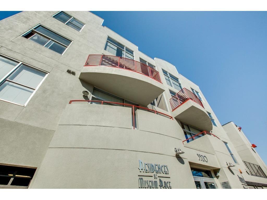 Fort Worth Neighborhood Home For Sale - $329,500