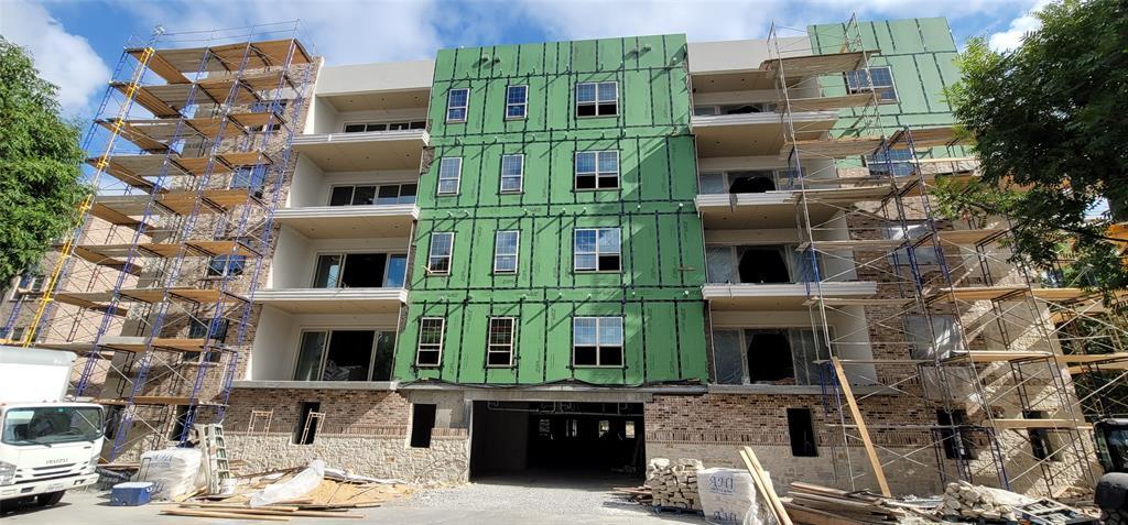 Addison Neighborhood Home For Sale - $375,000