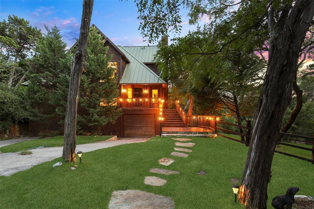 Dallas Neighborhood Home - Contingent Offer Made - $815,000