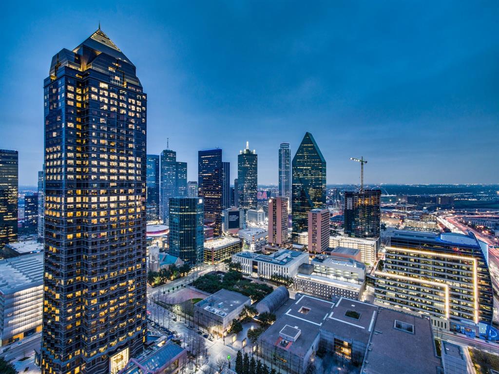 Dallas Neighborhood Home - Contingent Offer Made - $2,295,000
