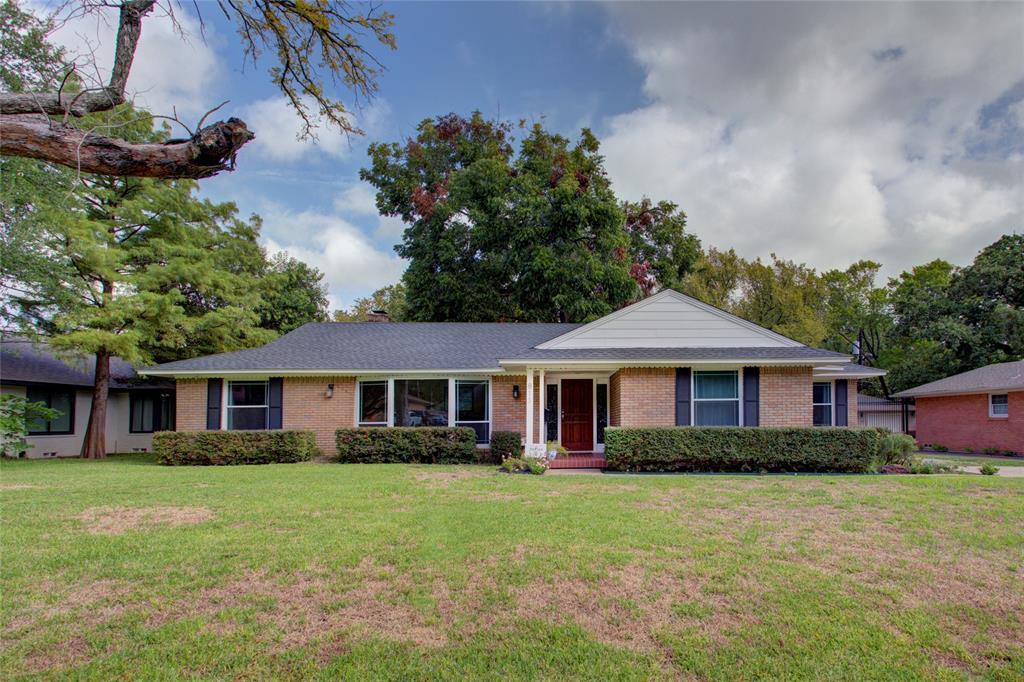 Dallas Neighborhood Home For Sale - $479,999