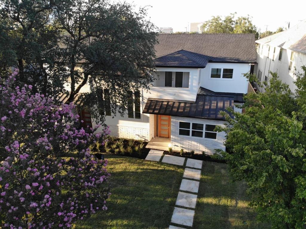 Dallas Neighborhood Home For Sale - $799,000