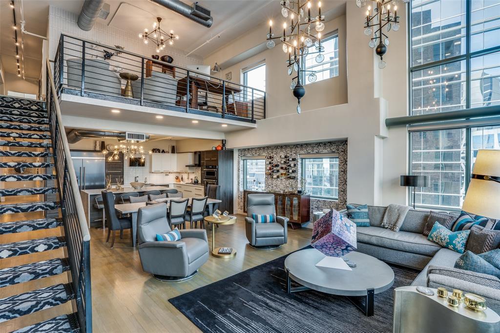 Dallas Neighborhood Home For Sale - $1,400,000